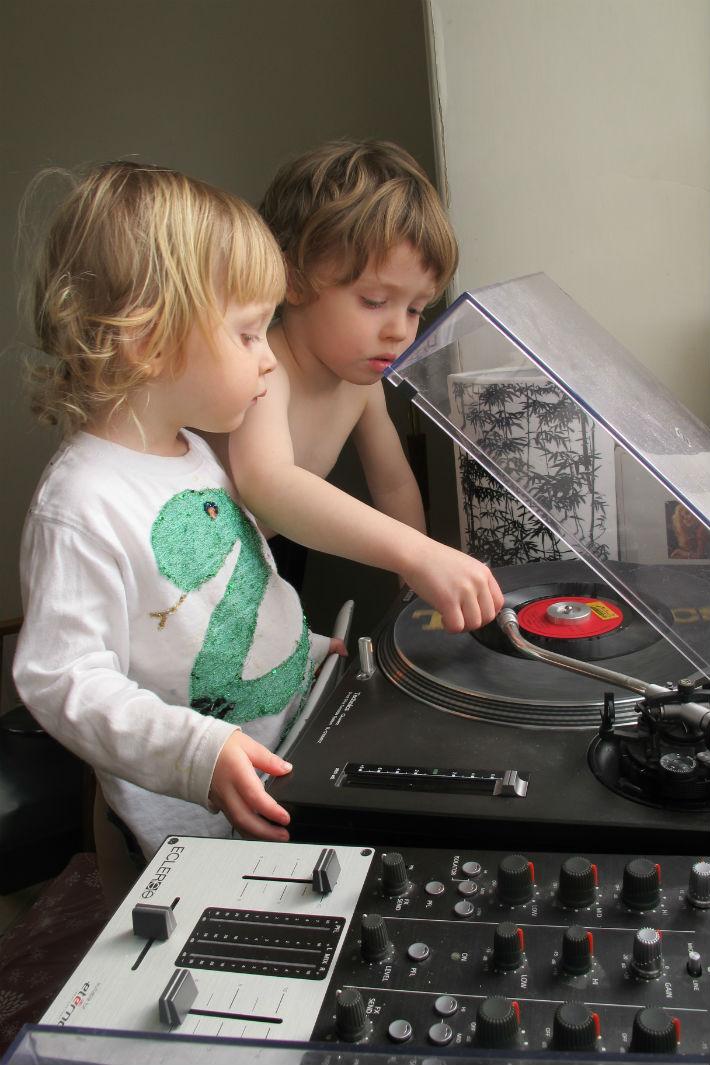 Albion's kids DJing